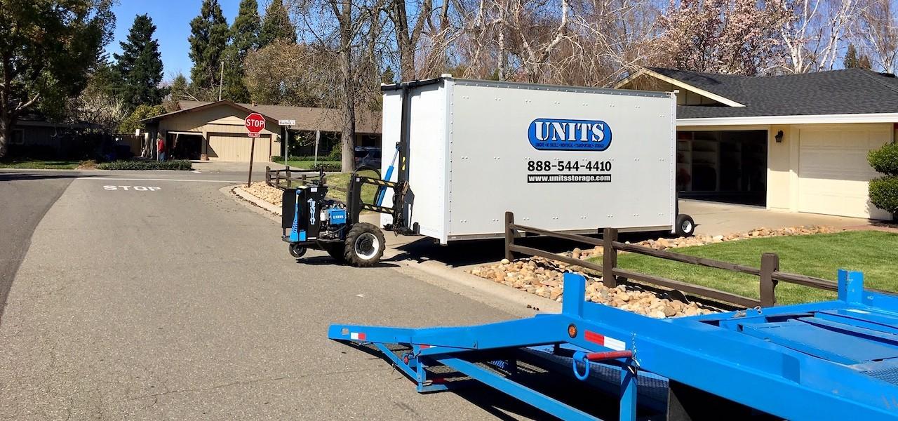 UNITS Sacramento Robo Delivery